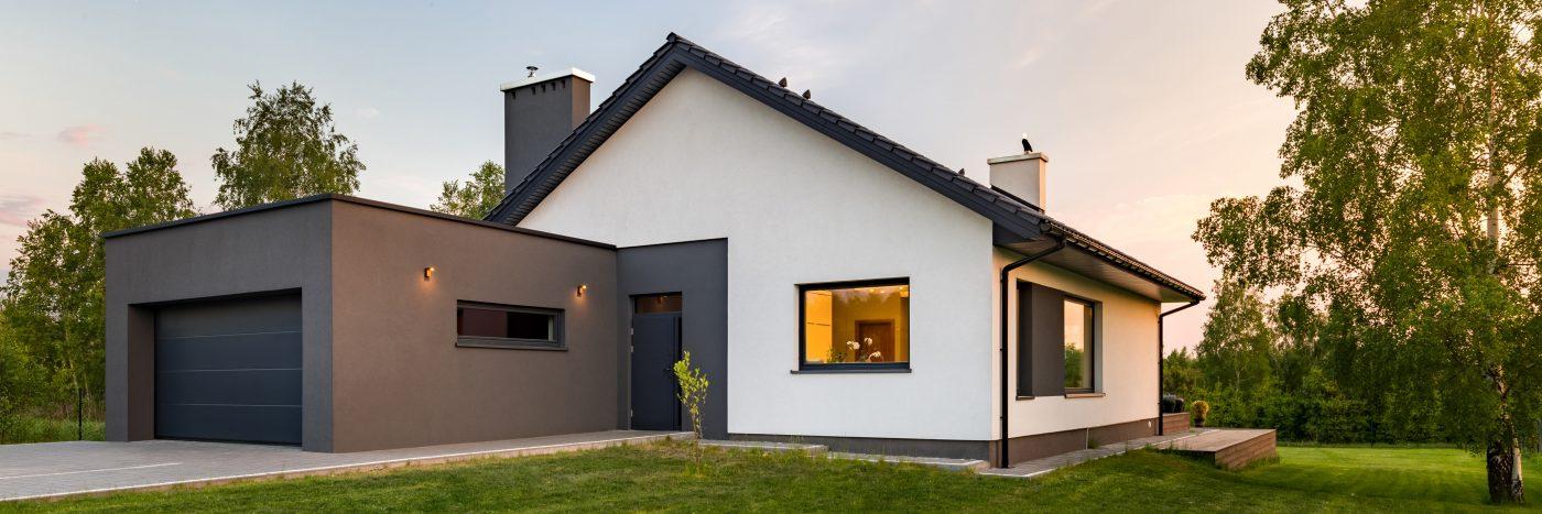 Nos peintres ont peint les façades de cette maison