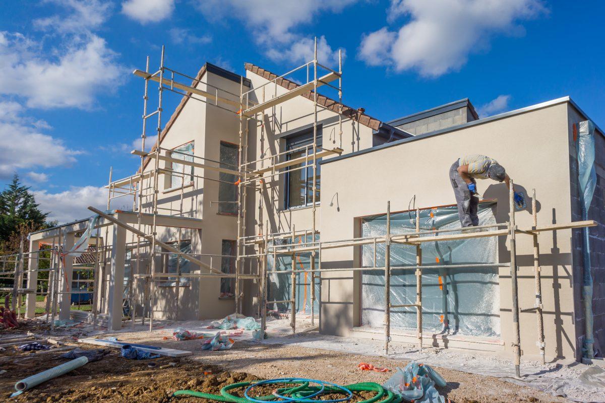 travaux de crépis pour les façades d'une maison